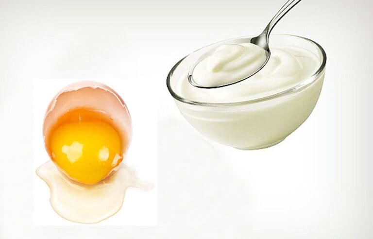 Lòng trắng trừng và sữa chua là nguyên liệu rất tốt trong việc chăm sóc da