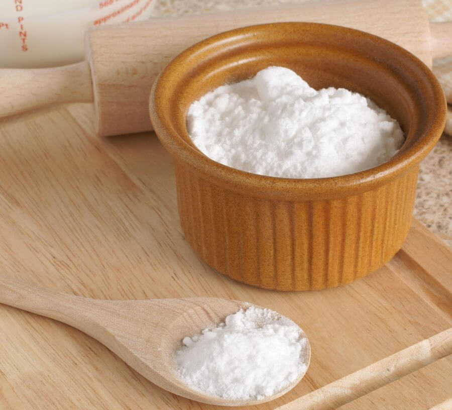 Baking có tác dụng sát trùng nhẹ, đồng thời giúp chống viêm và giảm kích ứng da