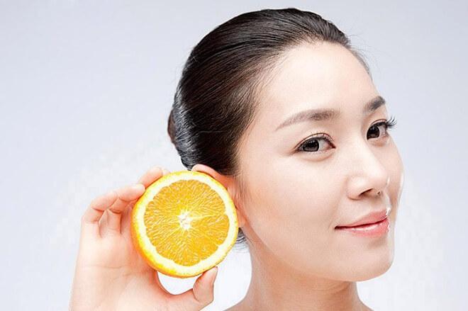 Chanh có đặc tính diệt mụn, giảm thâm hiệu quả vì có chứa nhiều vitamin C