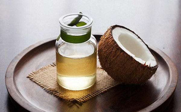 Hàm lượng Vitamin E trong dầu dừa nhiều gấp 50 lần so với trong mỹ phẩm