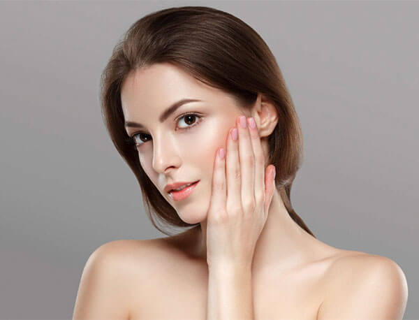 Việc giữ vệ sinh da mặt trong giai đoạn này cực kỳ quan trọng để chống lại vi khuẩn gây nên mụn