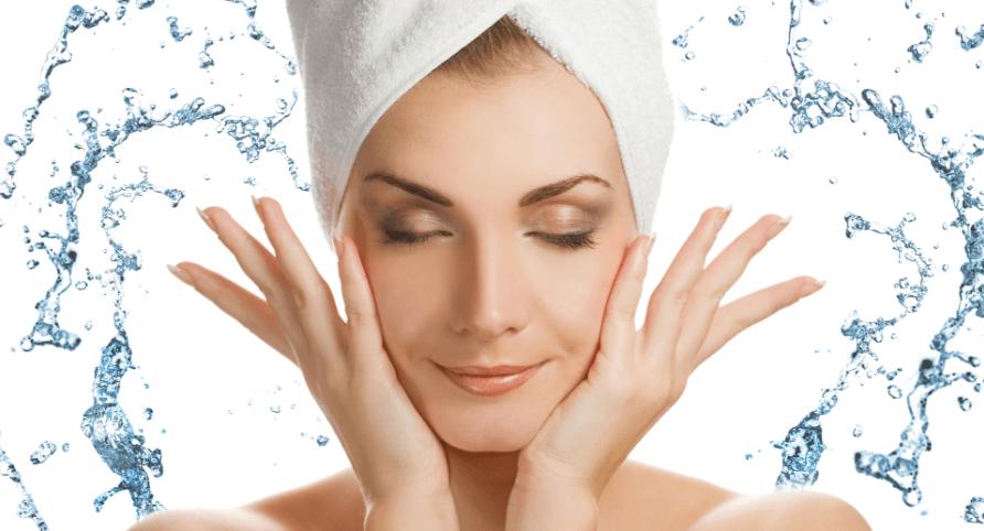 Để các sản phẩm trị mụn đạt hiệu quả tốt nhất thì luôn phải giữ làn da sạch