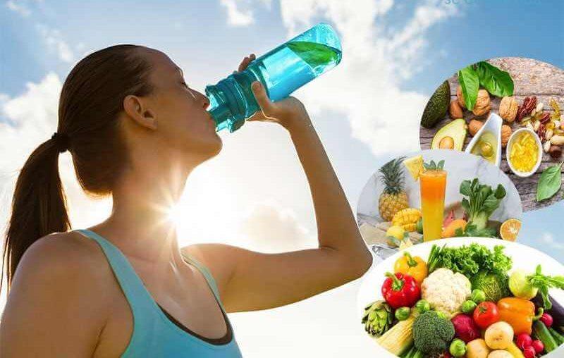 Điều chỉnh lối sống lành mạnh bằng việc bổ sung nước và rau xanh giúp thanh lọc cơ thể từ đó sẽ ức chế sự phát triển mụn thịt