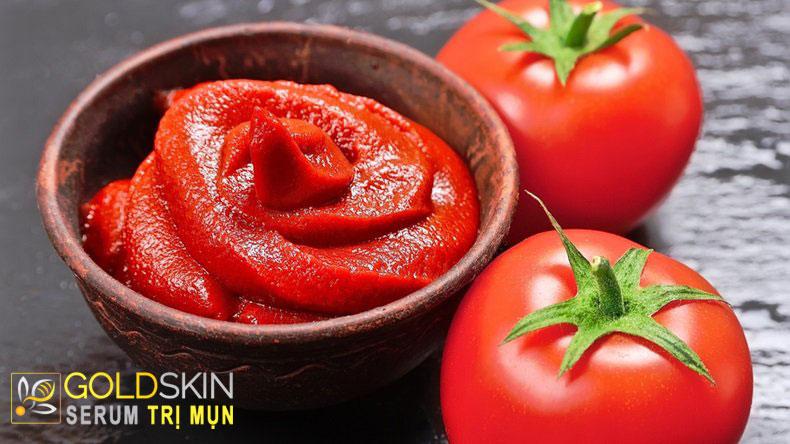 Đắp mặt nạ cà chua cũng đem lại lợi ích cho da dầu