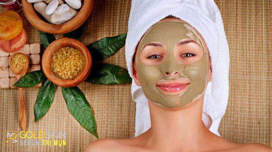 Đắp mặt nạ tẩy da chết giúp làm sạch làn da