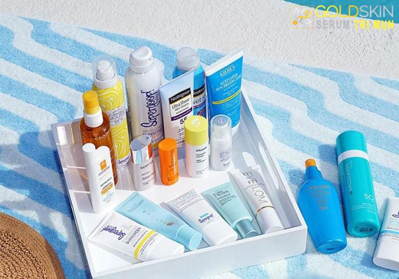 Đừng quên sử dụng kem chống nắng mỗi ngày để bảo vệ làn da khỏi những tác nhân nguy hiểm