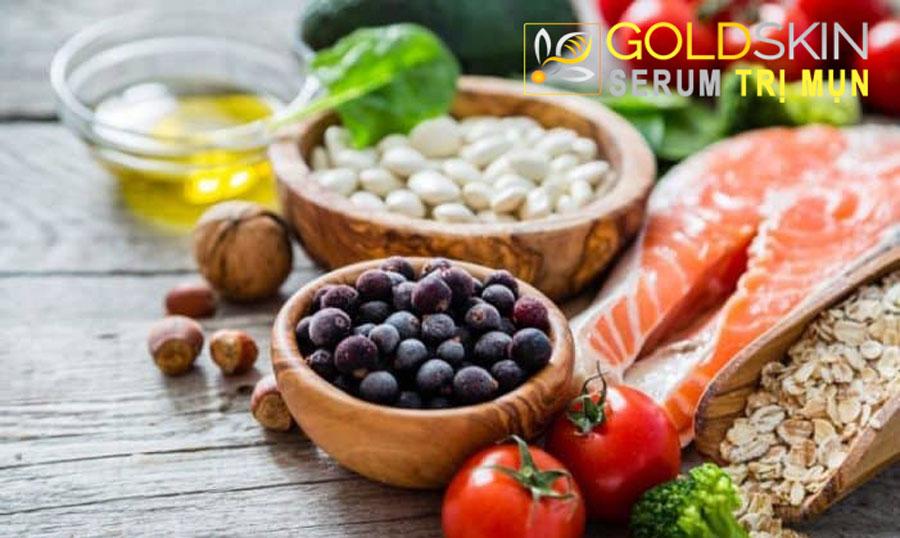 Chế độ ăn giúp chăm sóc tốt cho da mụn