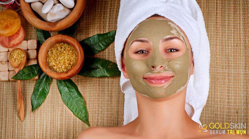 Đắp mặt nạ đem lại cho bạn cảm giác da mềm hơn ngay sau khi sử dụng