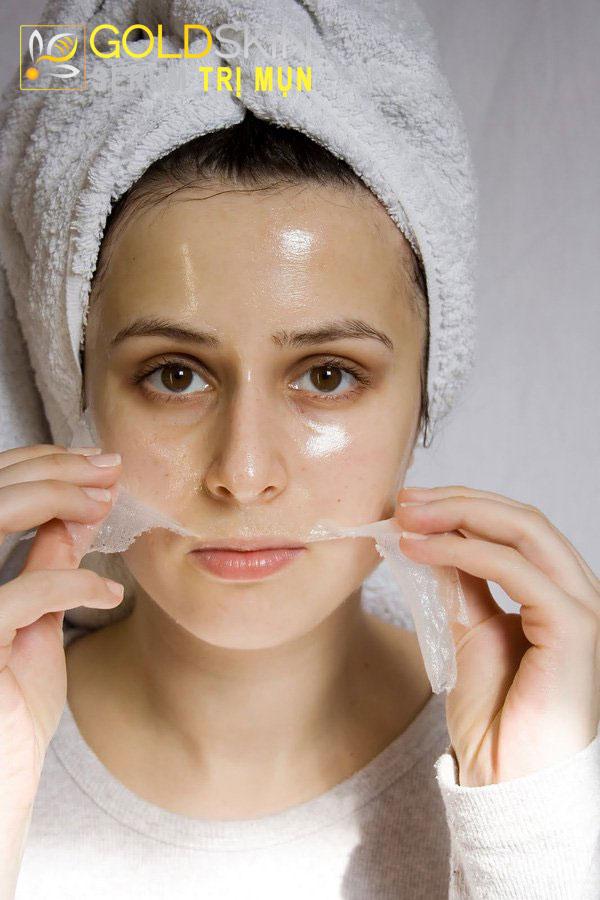 Làm sạch da bằng cách tẩy các tế bào chết