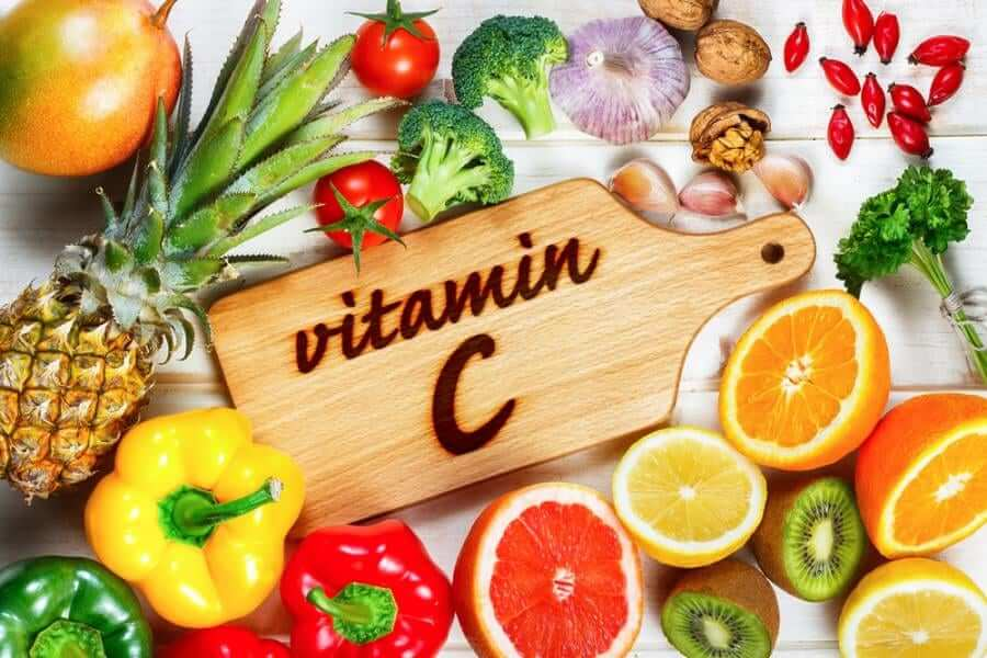 Vitamin C là một chất chống oxy hóa giúp bảo vệ và nuôi dưỡng cho làn da