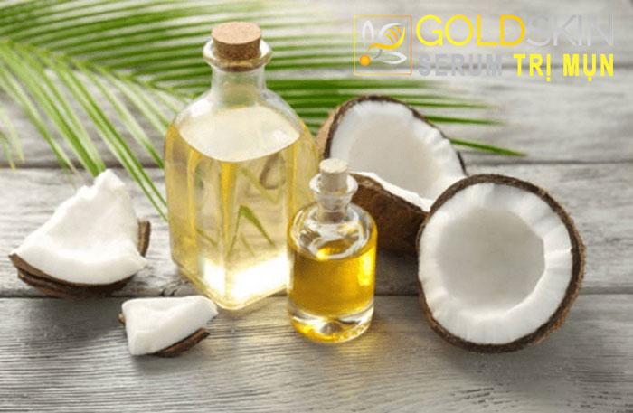Trong dầu dừa có chứa nhiều axit béo tự nhiên rất tốt dành cho làn da