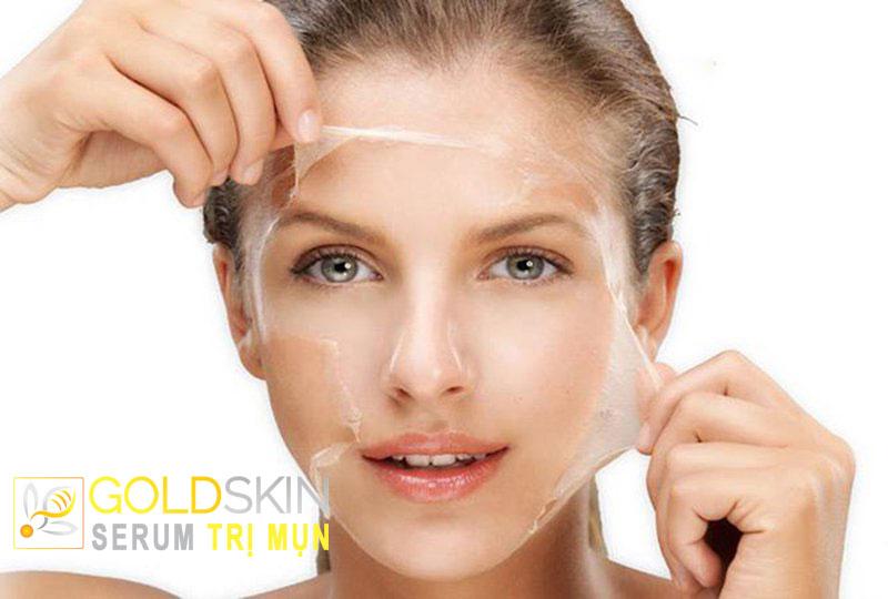 Kem dưỡng ẩm chứa tế bào chết làm gia tăng quá trình bong tróc da