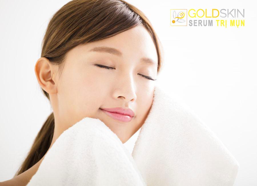 Tẩy tế bào chết ở da khô giúp da hấp thụ dưỡng chất được hiệu quả hơn