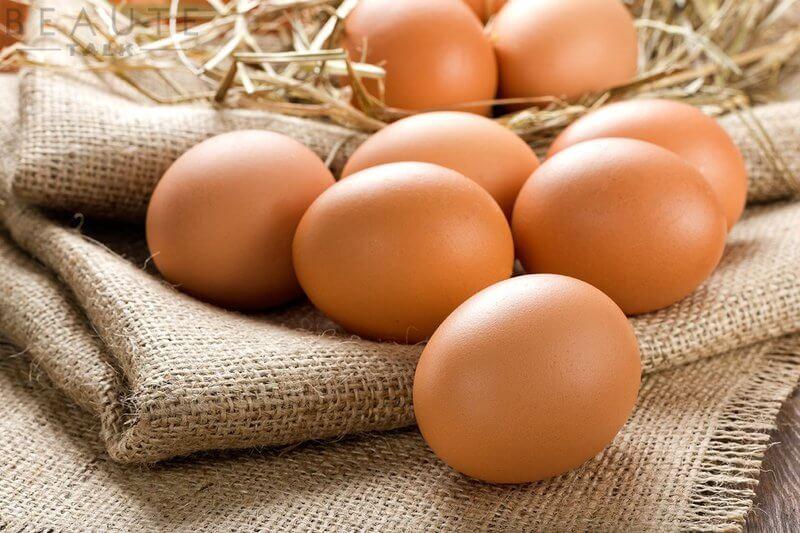 Trứng gà có khả năng diệt vi khuẩn gây ra mụn