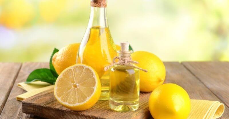 Công thức trị mụn đầu đen thông qua dầu dừa và nước cốt chanh thích hợp với người sở hữu làn da thường, dầu và hỗn hợp
