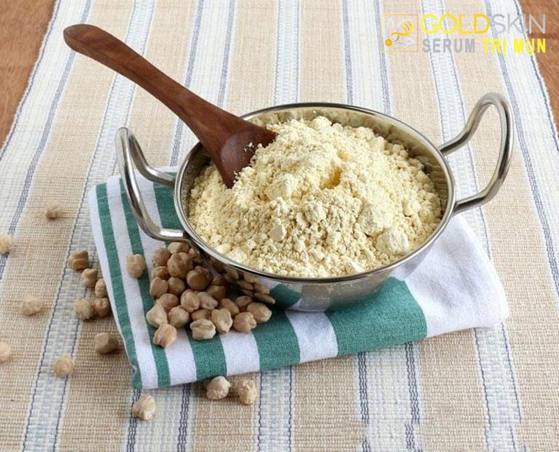 Cách trị mụn cám tại nhà tận gốc hiệu quả với bột đậu gà
