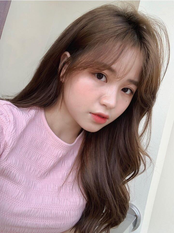 Nguyễn Thanh Thủy được biết đến với biệt danh hotgirl 1m52