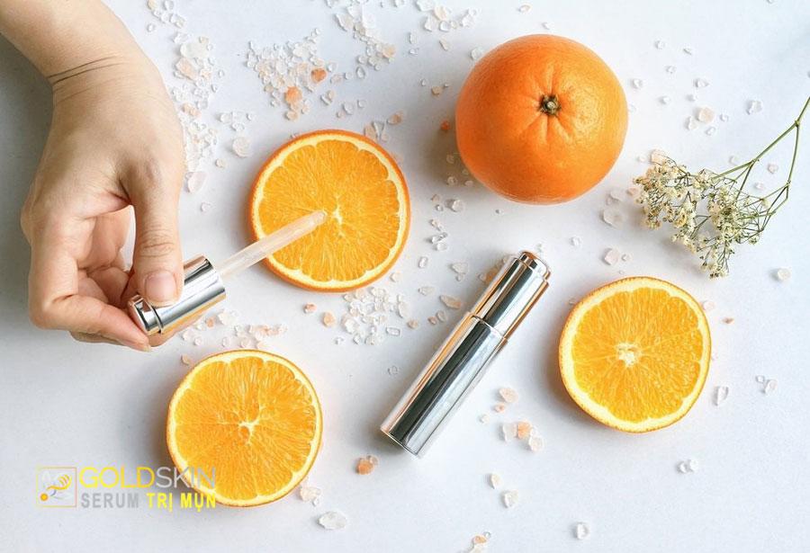 Vitamin C có khả năng trị thâm mụn