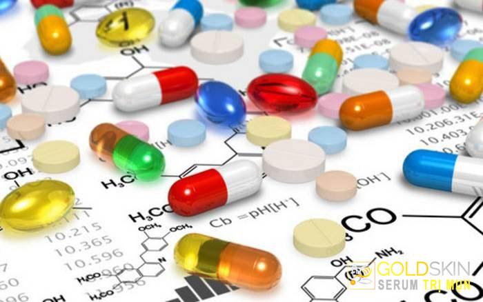 Thuốc trị mụn giúp kiểm soát mụn trứng cá không phát triển