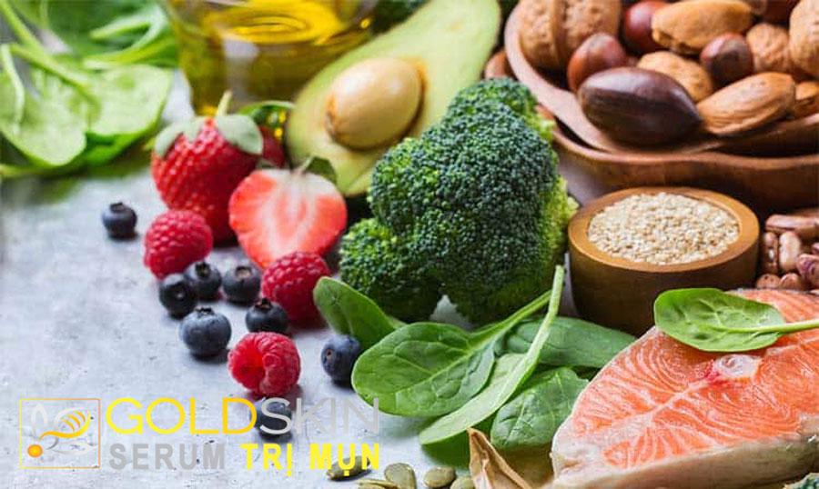 Hãy nạp vào cơ thể những thứ tốt nhất như vitamin (A, B, C, E), axit béo hữu dụng (omega-3, omega-6), protein
