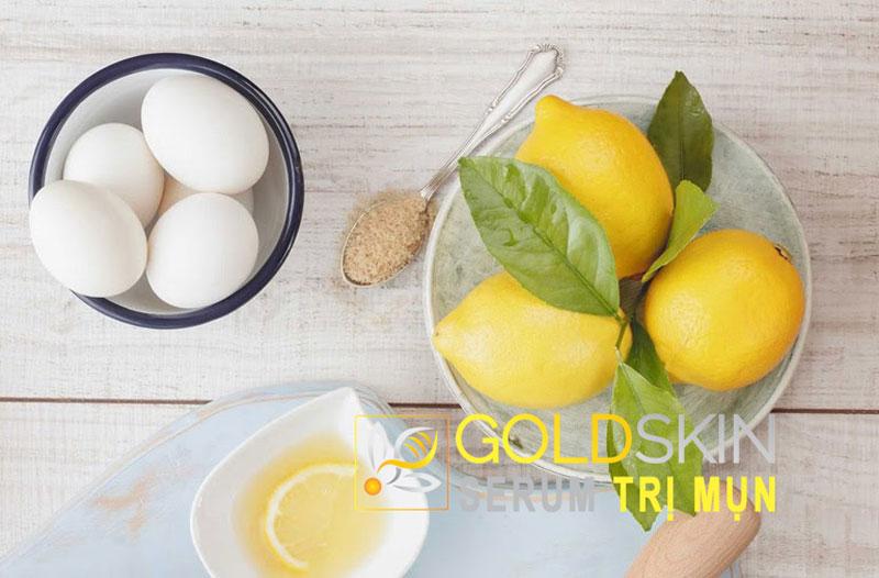 Lòng trắng trứng gà có chứa nhiều những dưỡng chất và những vitamin thiết yếu giúp cho việc dưỡng ẩm