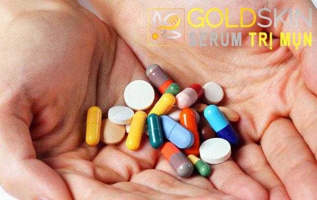 Thuốc kháng sinh được sử dụng trong điều trị mụn trứng cá