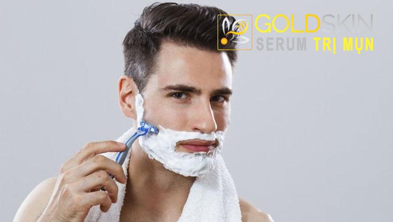 Tránh viêm nang lông bằng việc cạo râu đúng cách