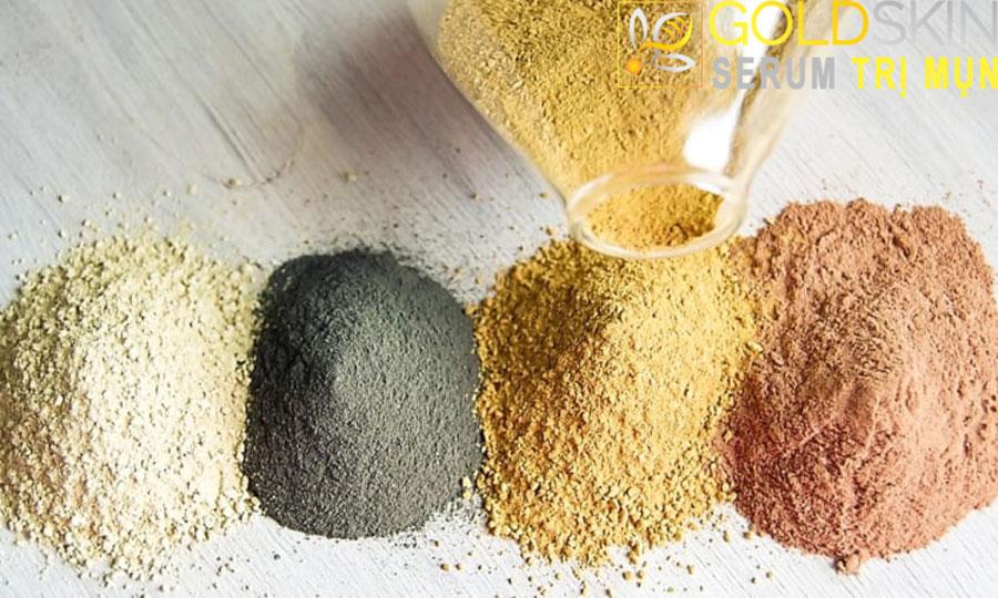 Đất sét bentonite thường xuyên sẽ giúp bạn trị mụn đầu đen tận gốc.