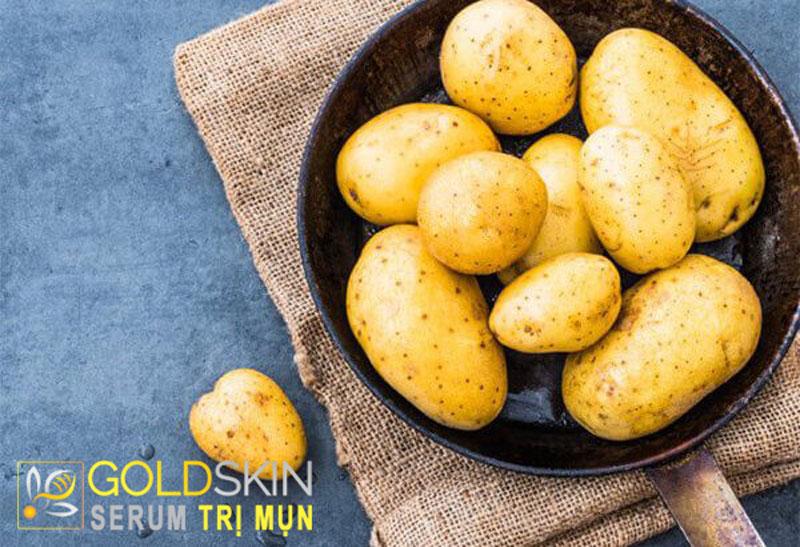 Cách dùng khoai tây để trị mụn đầu đen