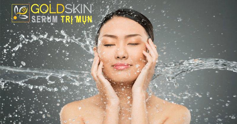 Cần phải giữ vệ sinh da mặt tốt để có thể điều trị mụn được hiệu quả