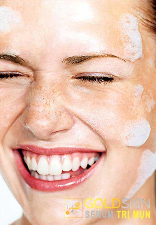 Cách chăm sóc da bị mụn