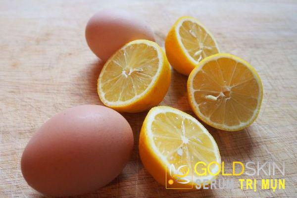 Hỗn hợp chanh và trứng được coi là một trong những loại mặt nạ trị mụn đầu đen rất hiệu quả.