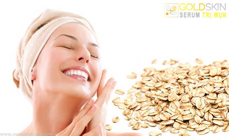 Rửa mặt sạch với bột yến mạch