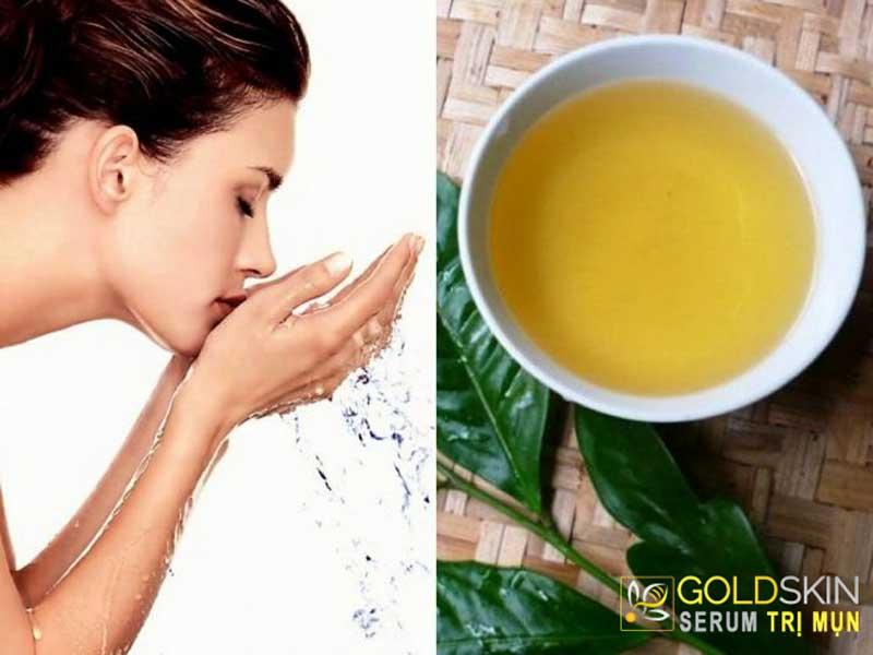 Sạch mụn trong vài tuần bằng cách dùng nước trà xanh rửa mặt
