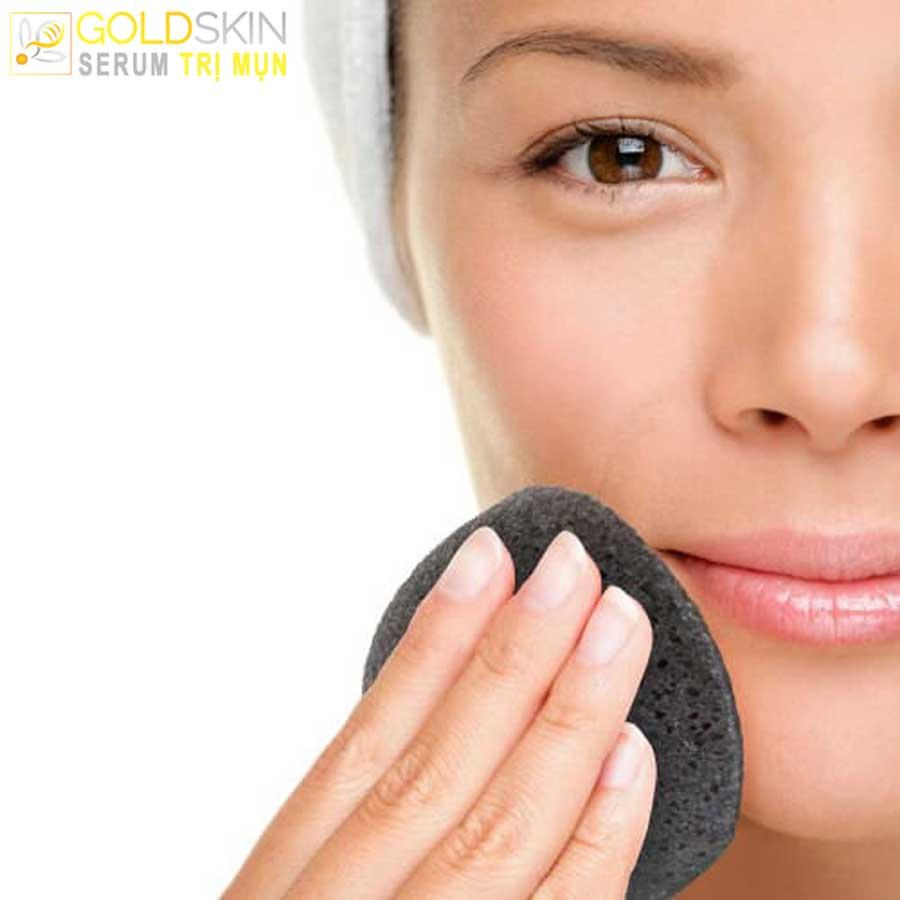 Rửa mặt cho thật sạch là bước rất quan trọng