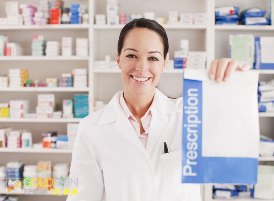 Những loại thuốc kê đơn có thể giúp giảm thiểu tình trạng mụn.