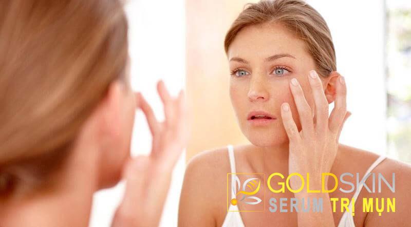 Da nhạy cảm là loại da rất kén chọn mỹ phẩm, đặc biệt là với những ai còn gặp thêm vấn đề về mụn
