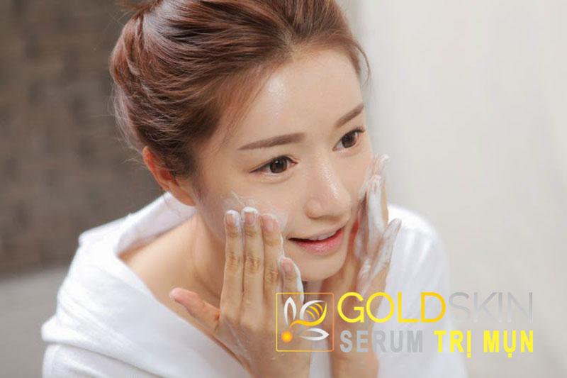 Giữ da sạch sẽ và thông thoáng là cách đơn giản nhưng hiệu quả nhất để ngăn mụn ở tuổi dậy thì