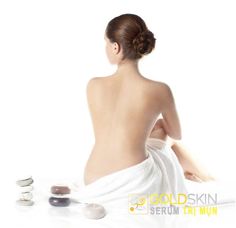 Trả lại làn da vùng lưng mịn màng sau khi dùng Goldskin