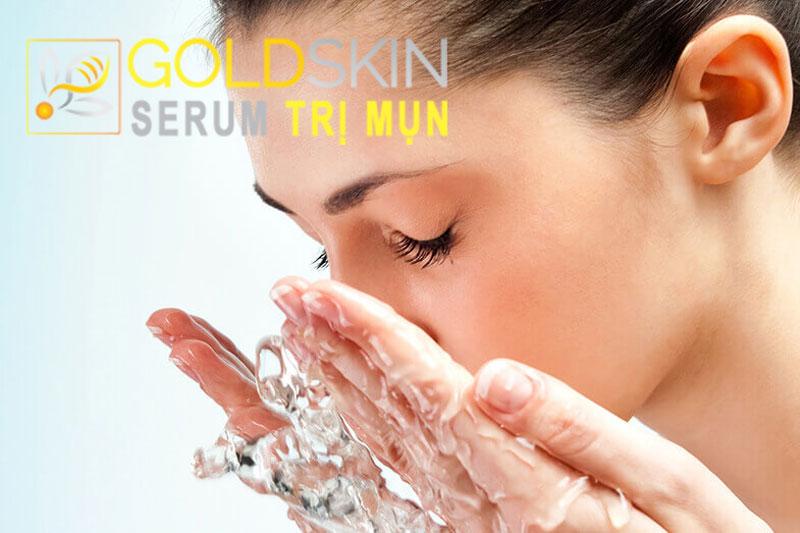 Giữ da mặt sạch là cách đơn giản nhất để giải quyết mụn bọc