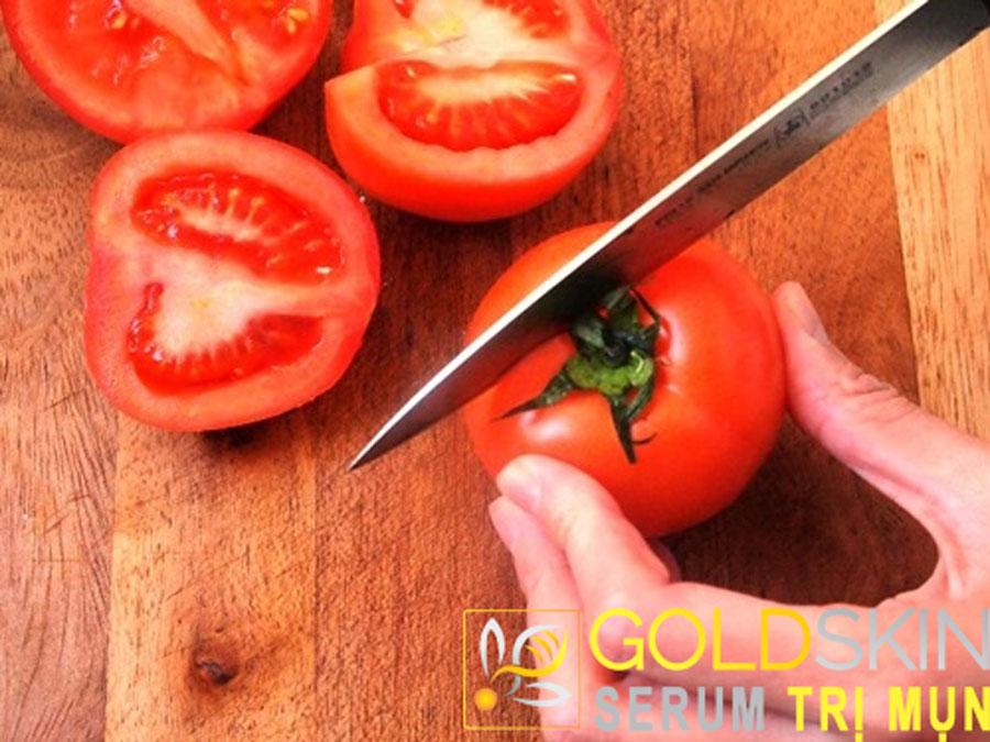Mặt nạ cà chua là cách trị mụn hiệu quả nhất ở tuổi dậy thì